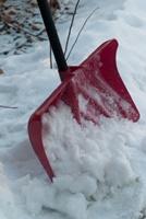 除雪で腰痛